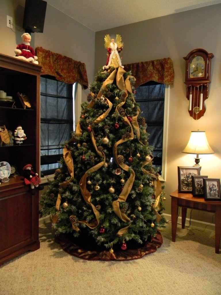 beauteous-christmas-tree-decorations