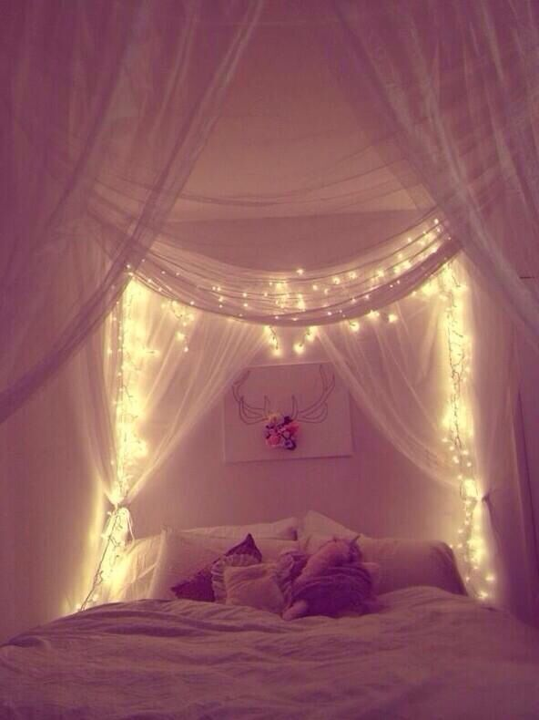 bedroom-string-lights-