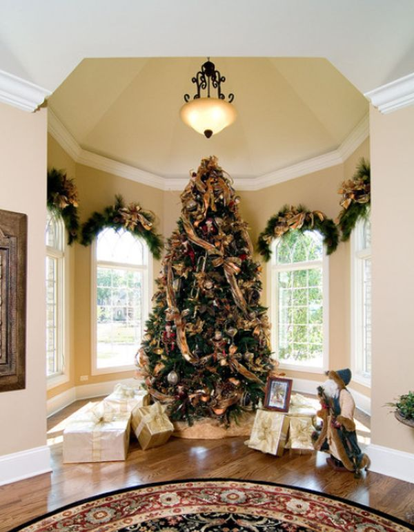 christmas-tree-somtuous