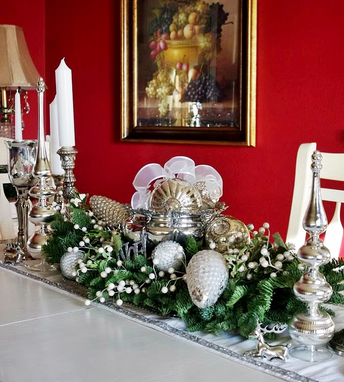 cool-Centerpieces-for-Dining-Room-Table
