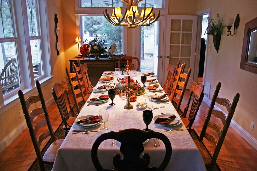Excellent-Thanksgiving-table-settings-design-ideas