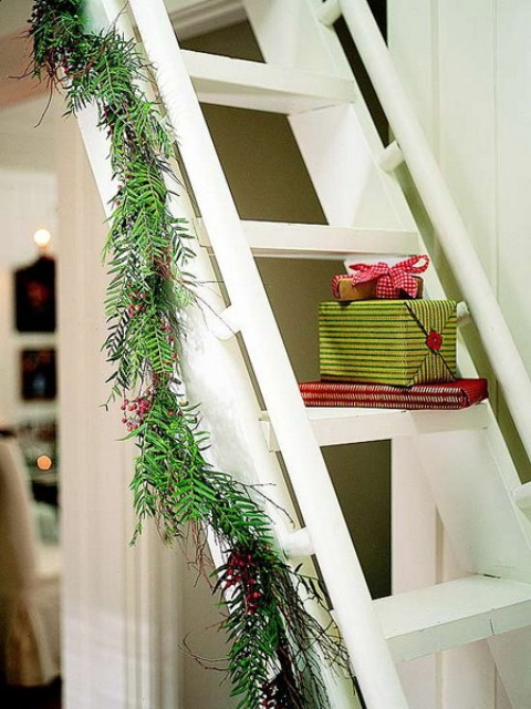 christmas-stairs-decoration-ideas-42