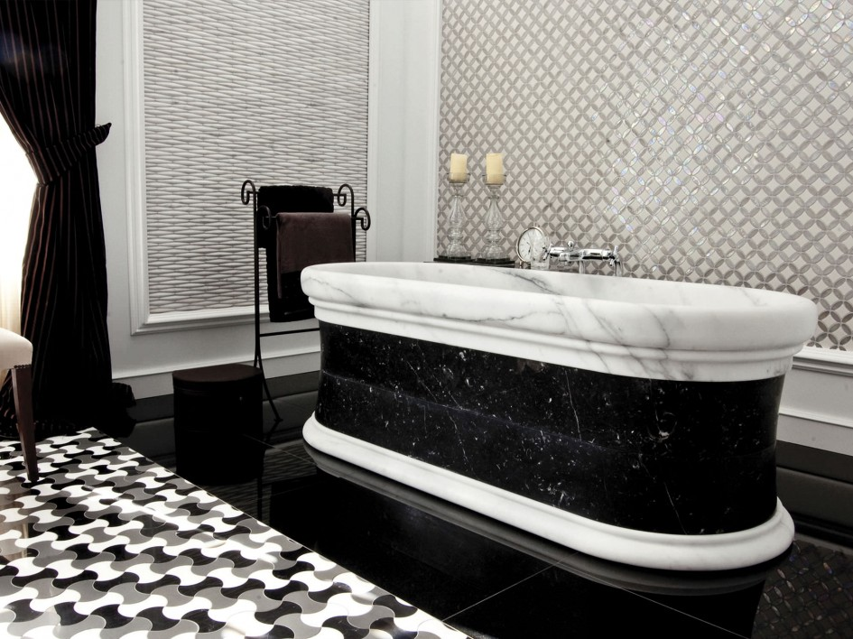 Luxurious Black White Bathroom bathtub