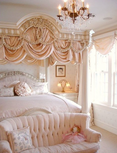 Luxury-Master-Bedroom-Design
