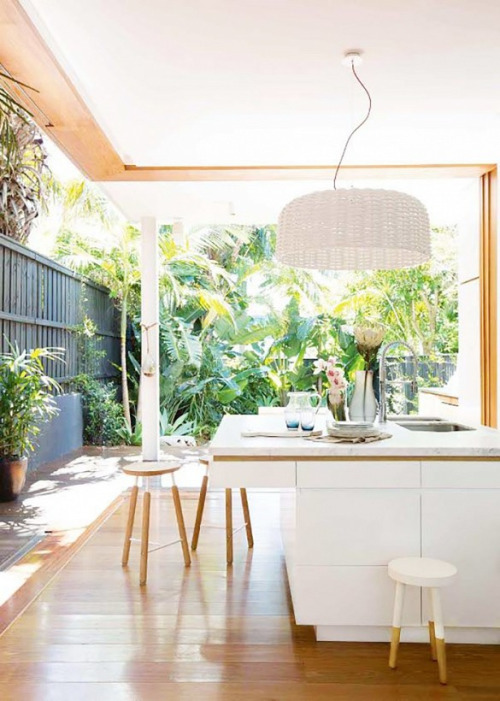 all white outdoor kitchen