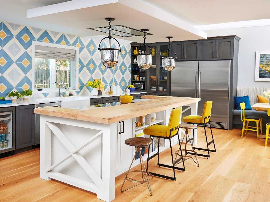 Designing a Modern-Meets-Traditional Kitchen