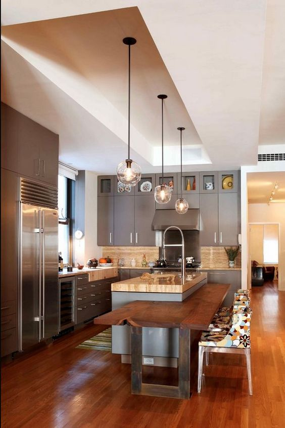 modern-kitchen-design-pendant-light-and-cutting-edge-table