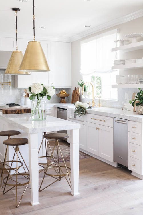 simple-yet-refined-white-kitchen
