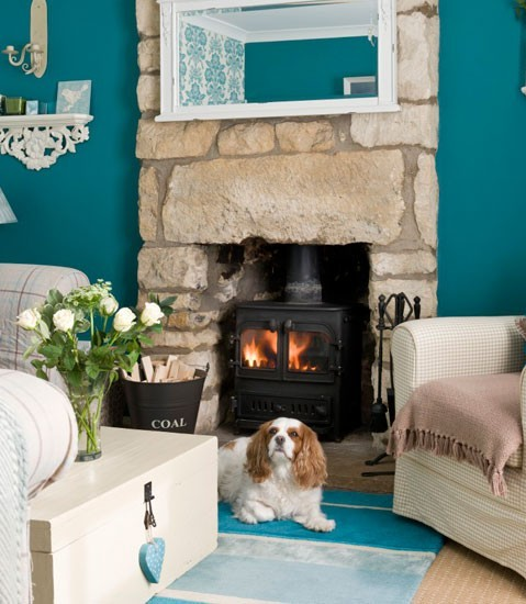 Blue-country-living-room