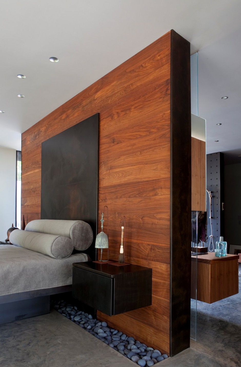 bedroom-wood-accent-wall-master-design