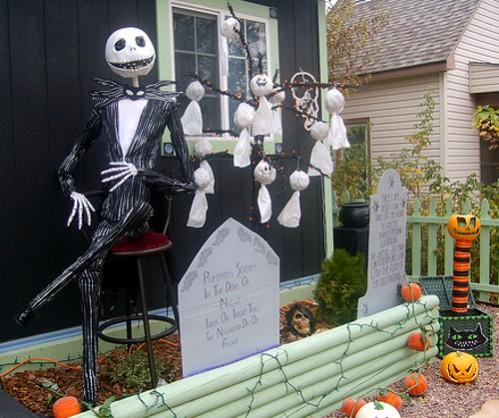 Creative Halloween Ideas for Outdoor Spaces