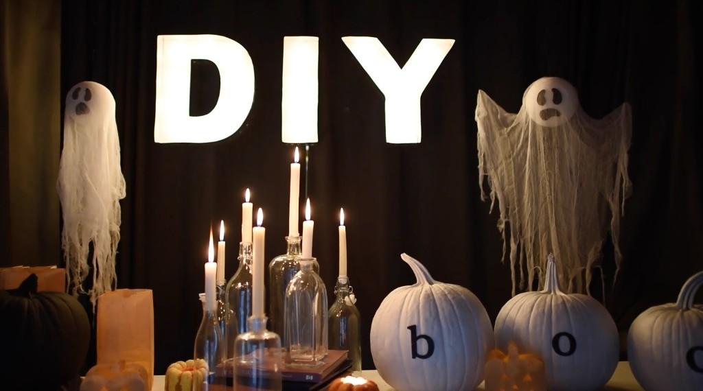 DIY Creepy Halloween Decoration