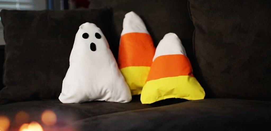 DIY Halloween Decorative Pillows
