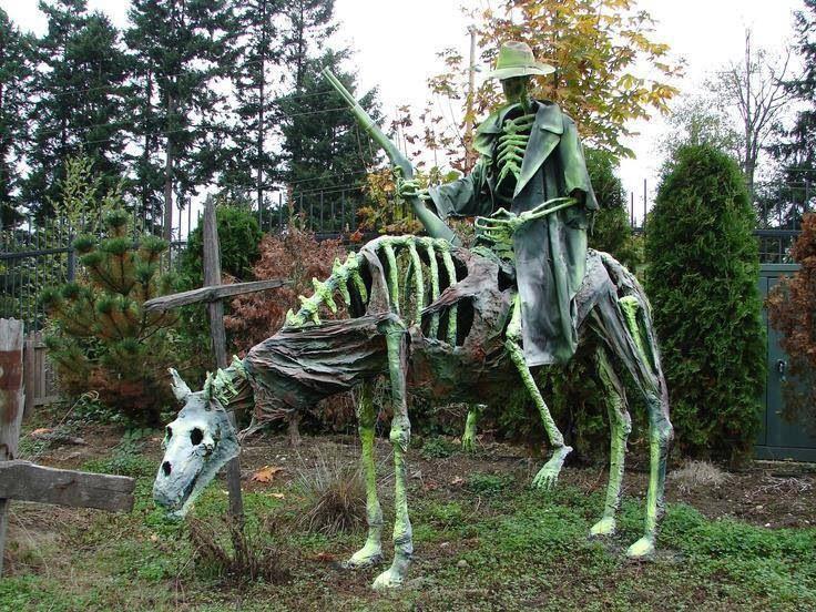 Dead cowboy Halloween Decoration Ideas