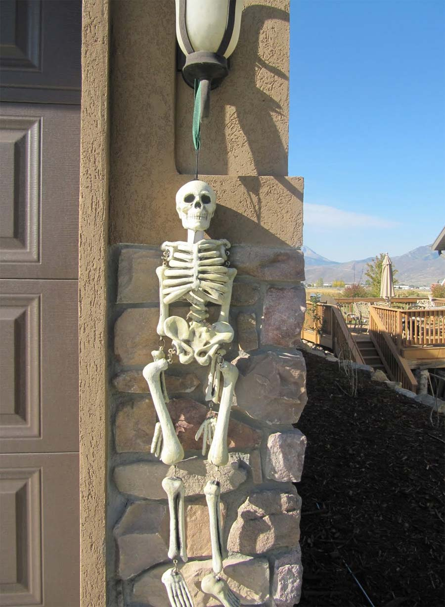Hanged Skeleton Outdoor Decoration