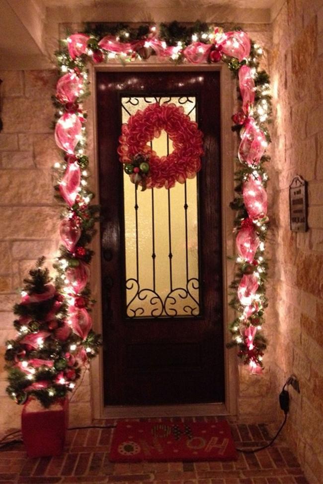 christmas-decorations-front-door-ideas-15