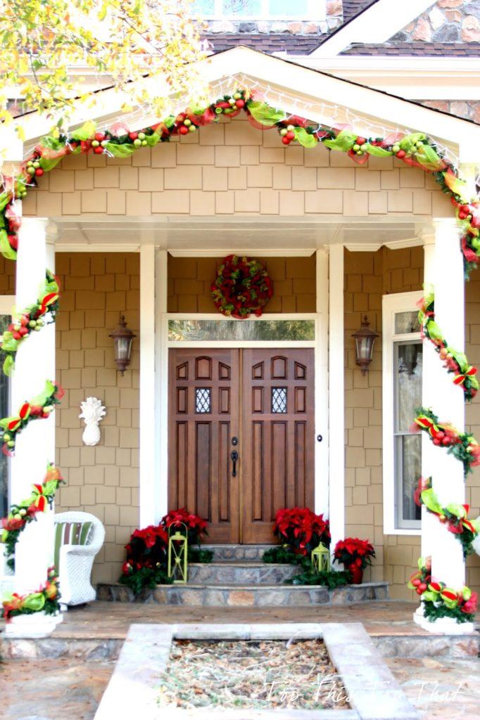 christmas-decorations-front-door-ideas-9