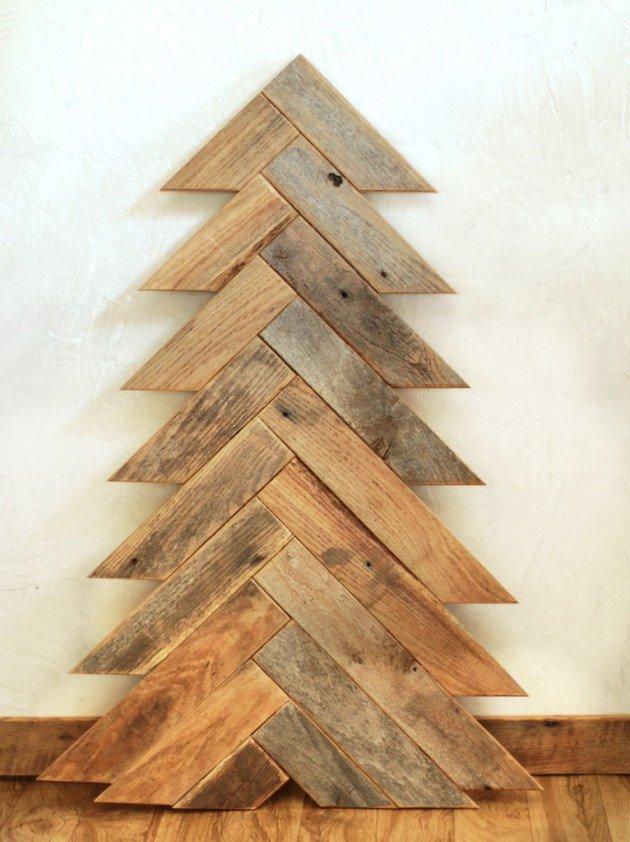 diy-barn-wood-christmas-tree
