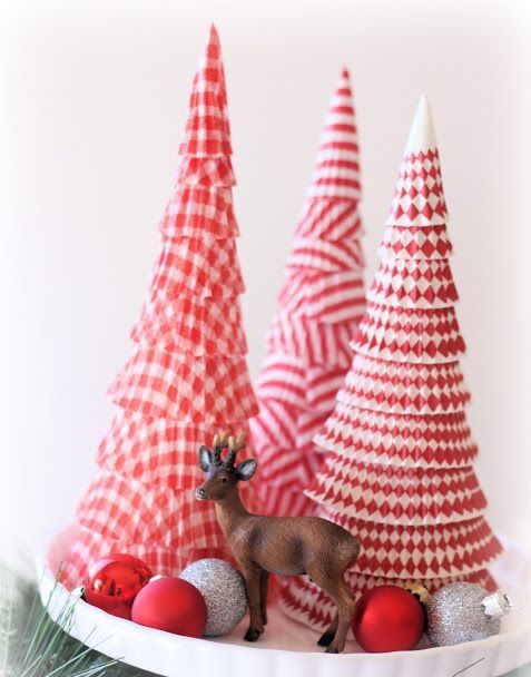 diy-cupcake-liners-christmas-tree