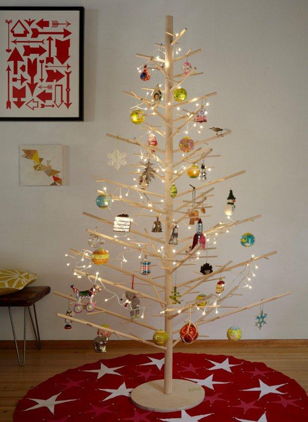 minimalist-wood-christmas-tree