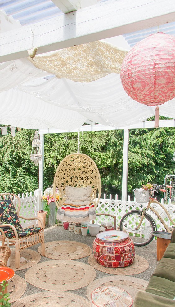 shabby-chic-style-patio-design