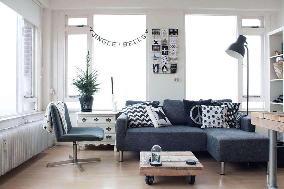 small-scandinavian-living-room