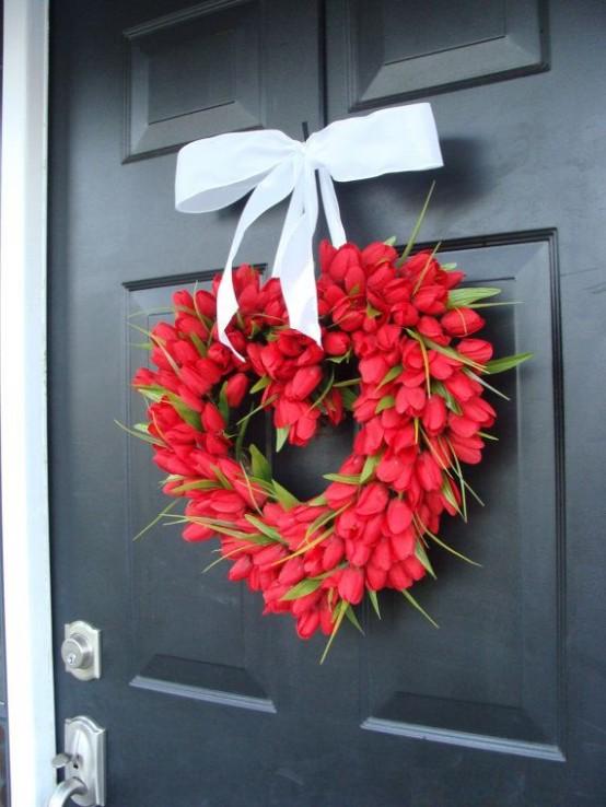 fresh-red-valentines-day-decoration-ideas-19