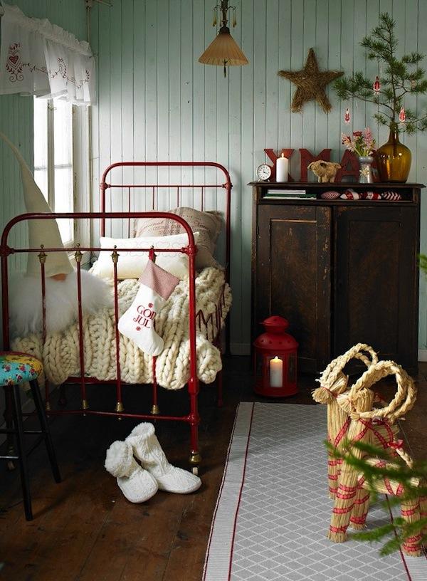 kids-room-christmas-decor-ideas-10