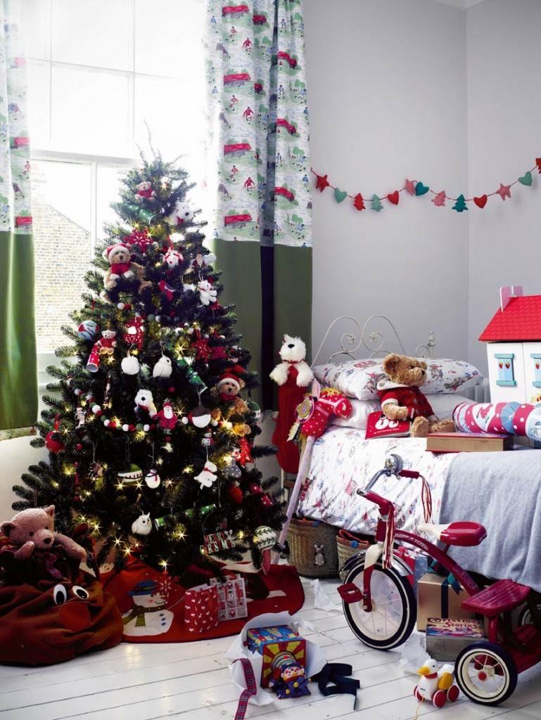 kids-room-christmas-decor-ideas-2