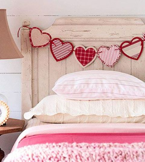 pink-valentines-day-decorations-for-home-17