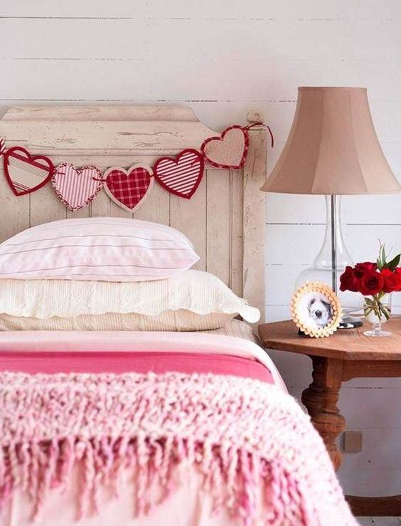 romantic-valentines-bedroom-decorating-ideas-6