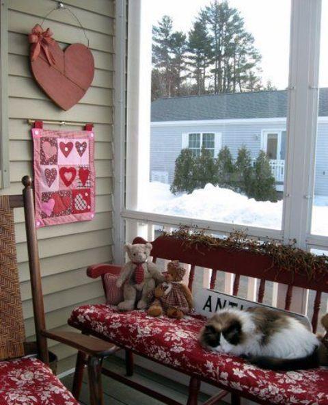 unique-outdoor-valentine-decor-ideas-16