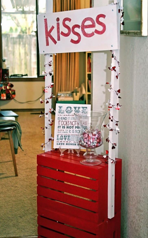 unique-outdoor-valentine-decor-ideas-24