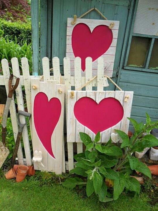 unique-outdoor-valentine-decor-ideas-9