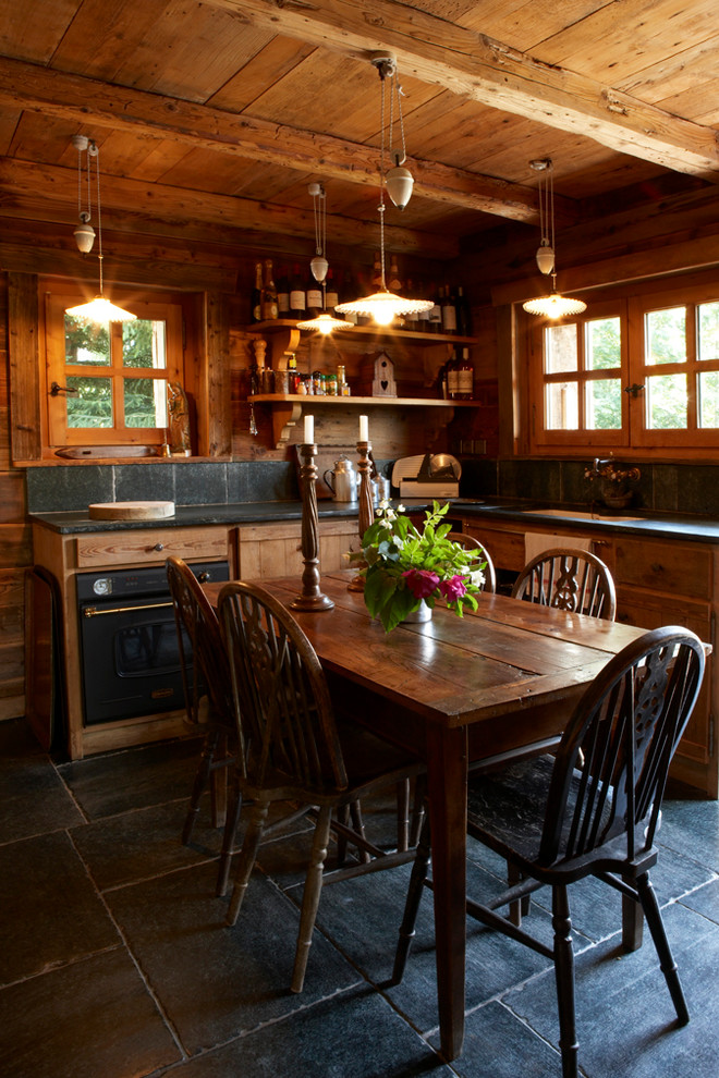 Small Rustic Style Kitchen