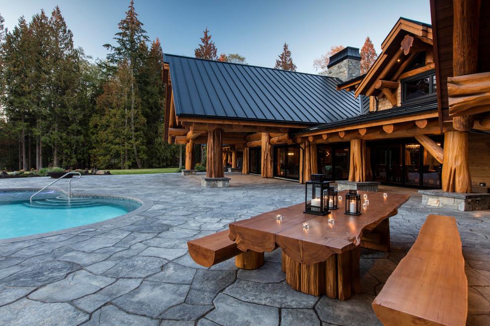 Rustic Backyard Patio Design