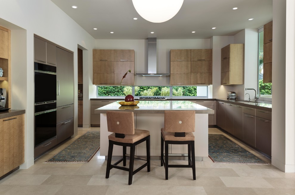Modern Enclosed Kitchen