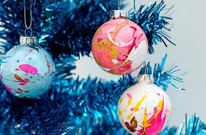 DIY Paint Splatter Christmas Ornaments