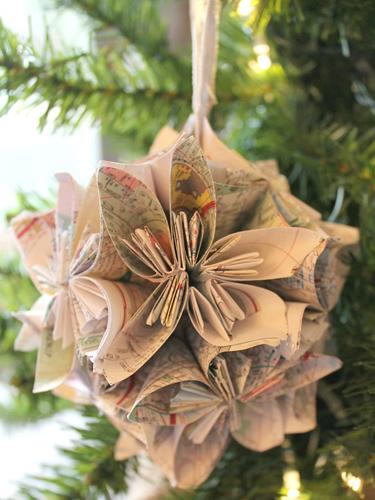 DIY Paper Craft Christmas Ornaments