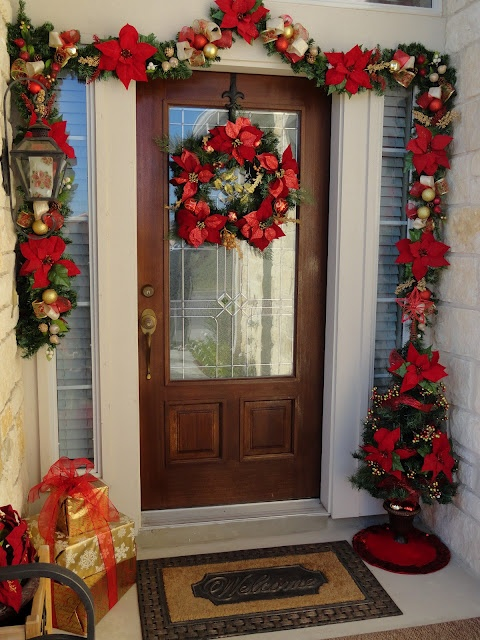Front Door Christmas Deco