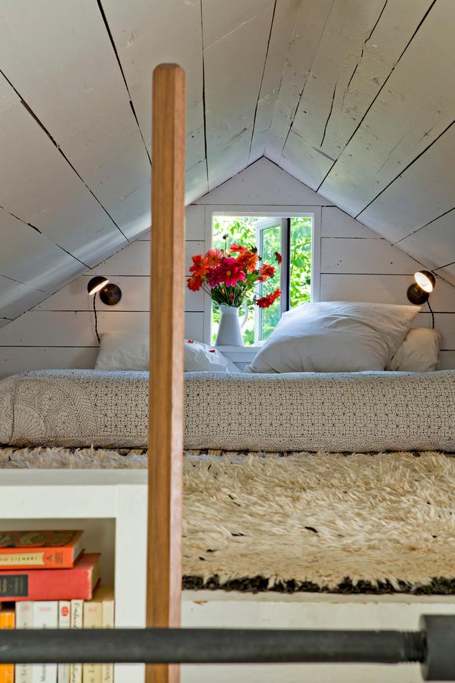 Shabby-Chic Style Loft-Style Bedroom