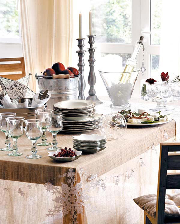 Simple Christmas Table Decorations Ideas