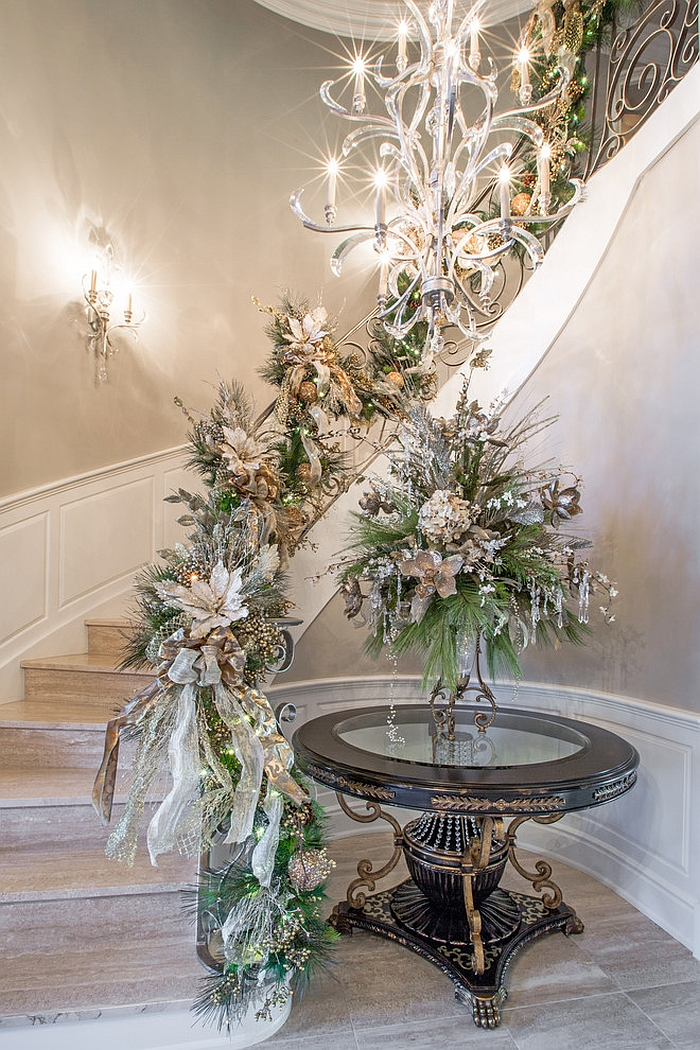 Christmas Staircase Decoratings