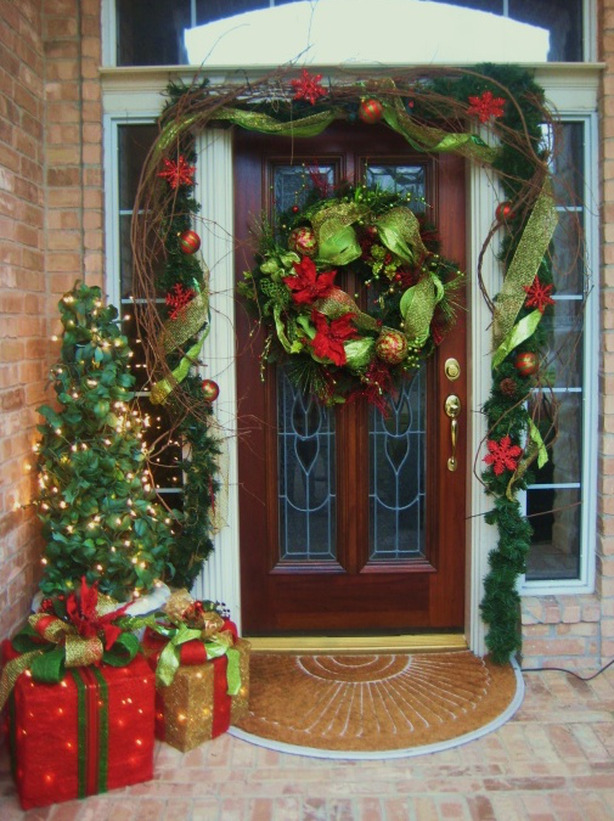 Front Door Christmas Decorating Ideas
