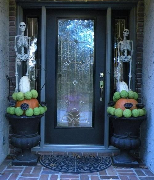 Skull Guard Scary Porch Halloween Decorations
