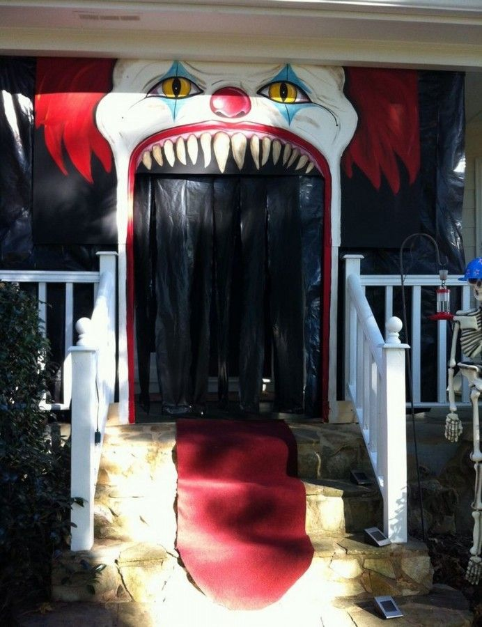 Super Interesting Halloween Front Porch Decor