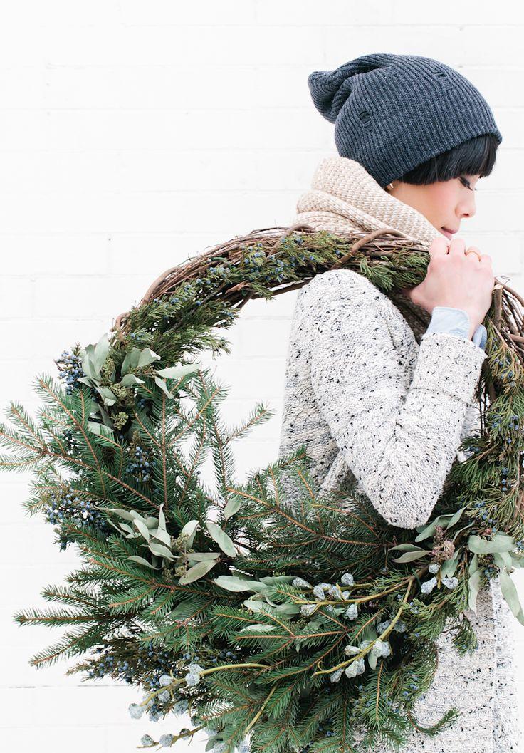 Winter Scenes Christmas Wreath