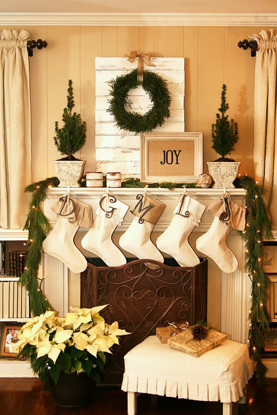Christmas Living Room Decor Ideas (34)
