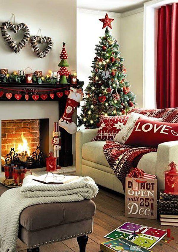 Christmas Living Room Decor Ideas (41)