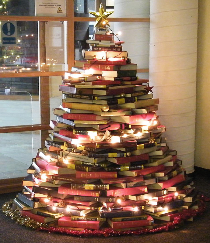 Christmas tree made of library books Thewowdecor
